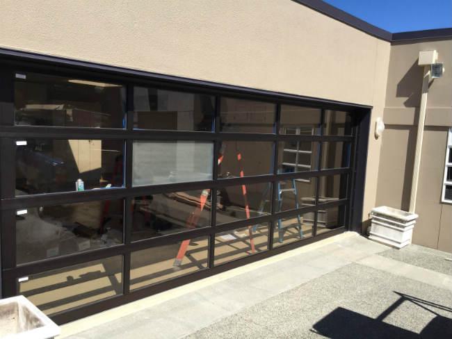 frost-look-garage-door-in-mercer-island-wa-elite-garage-door-of-seattle-portfolio
