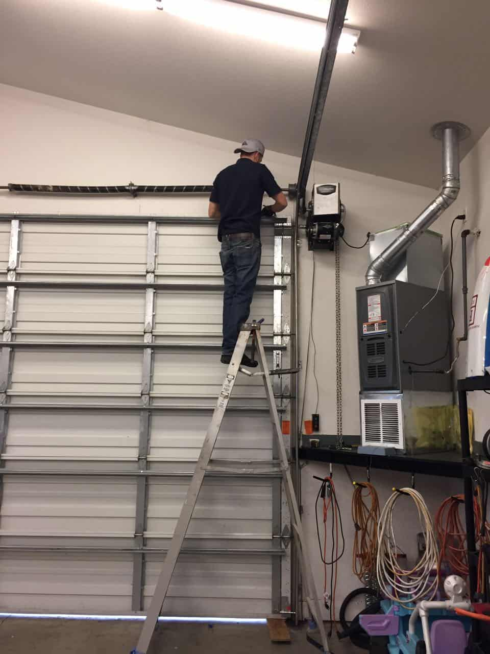 Commercial garage door repair in sumner wa by elite tech for Garage door repair tacoma