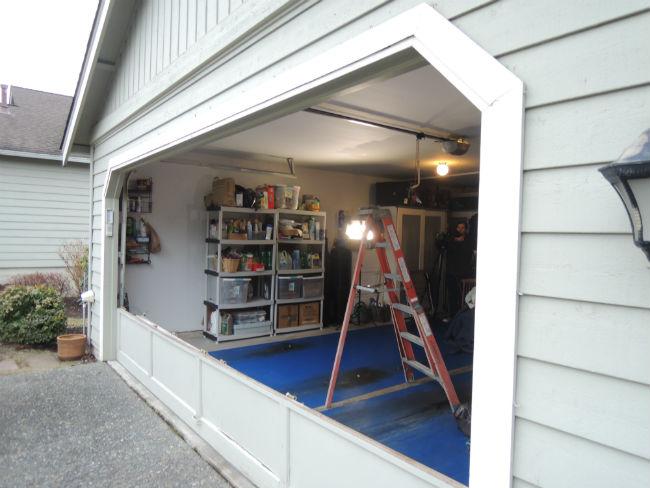 Garage Door Bent Panel Repair In Kirkland Wa By Elite Tech