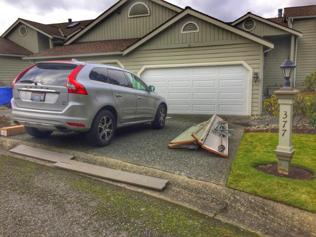 New Garage Door Installation In Bellevue WA By Elite Tech Services LLC